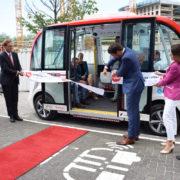 zelfrijdende mini bus haga ziekenhuis